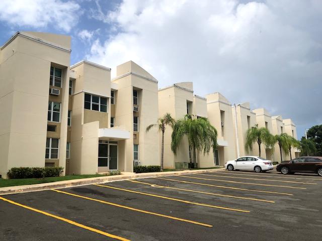 Cond. Estancias Chalets, San Juan / VENDIDO